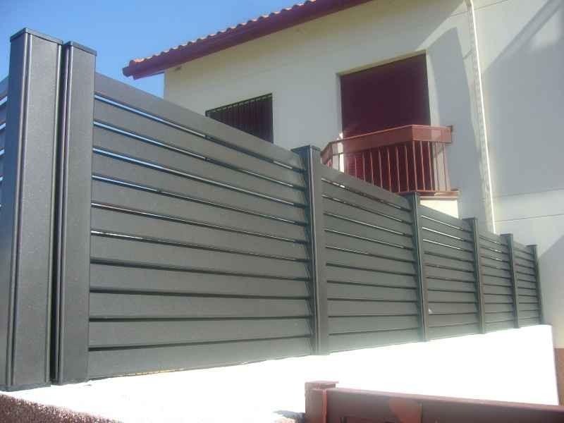 Rejas manyametal carpinteria de aluminio acero - Rejas para jardin ...