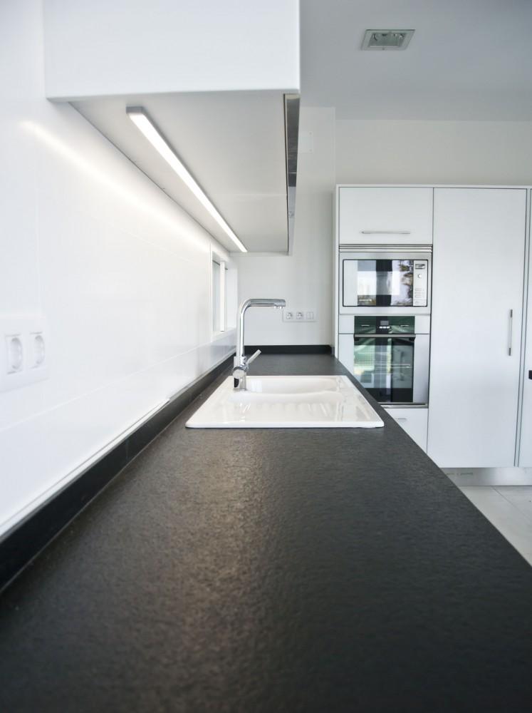 Cocinas llorens for Modelos de muebles de cocina altos y bajos