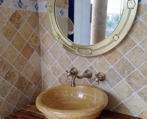 Travertino Gold de 10x10 cm, lavabo Mod. 10 Trav. Gold
