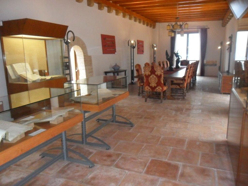 Castillo de cullera baldosas de barro manual for Ceramica fabricacion