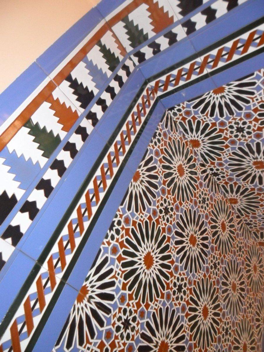 Z calo azulejos en relieve z calos en relieve - Zocalos de azulejos ...