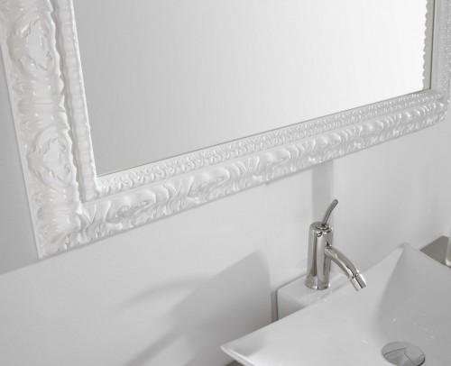 Detalle de espejo de baño