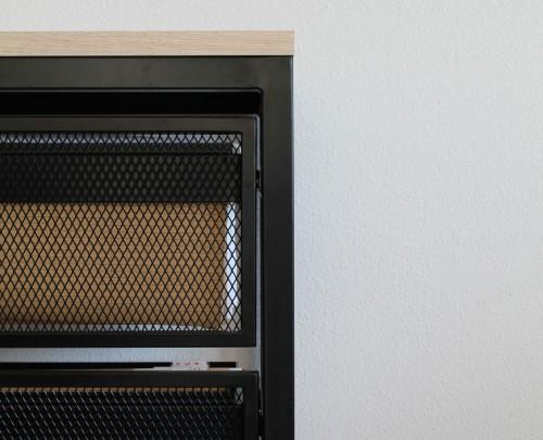 Archivador oficina con dos estantes. Mobiliario Black-Ro .