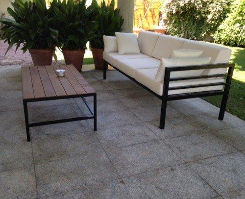 Mesa y sofa hierro negro