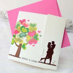 invitación árbol corazones