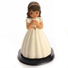 niña con rosario