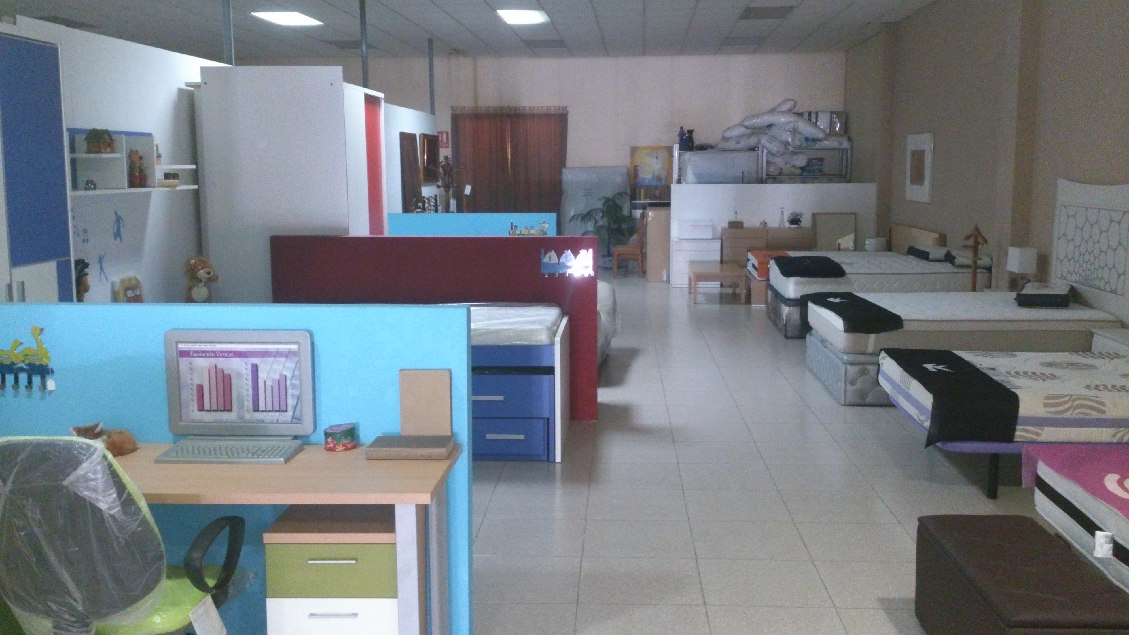 Tienda de muebles baratos online venta de muebles online for Muebles de exposicion baratos