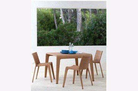 Mesa y sillas U