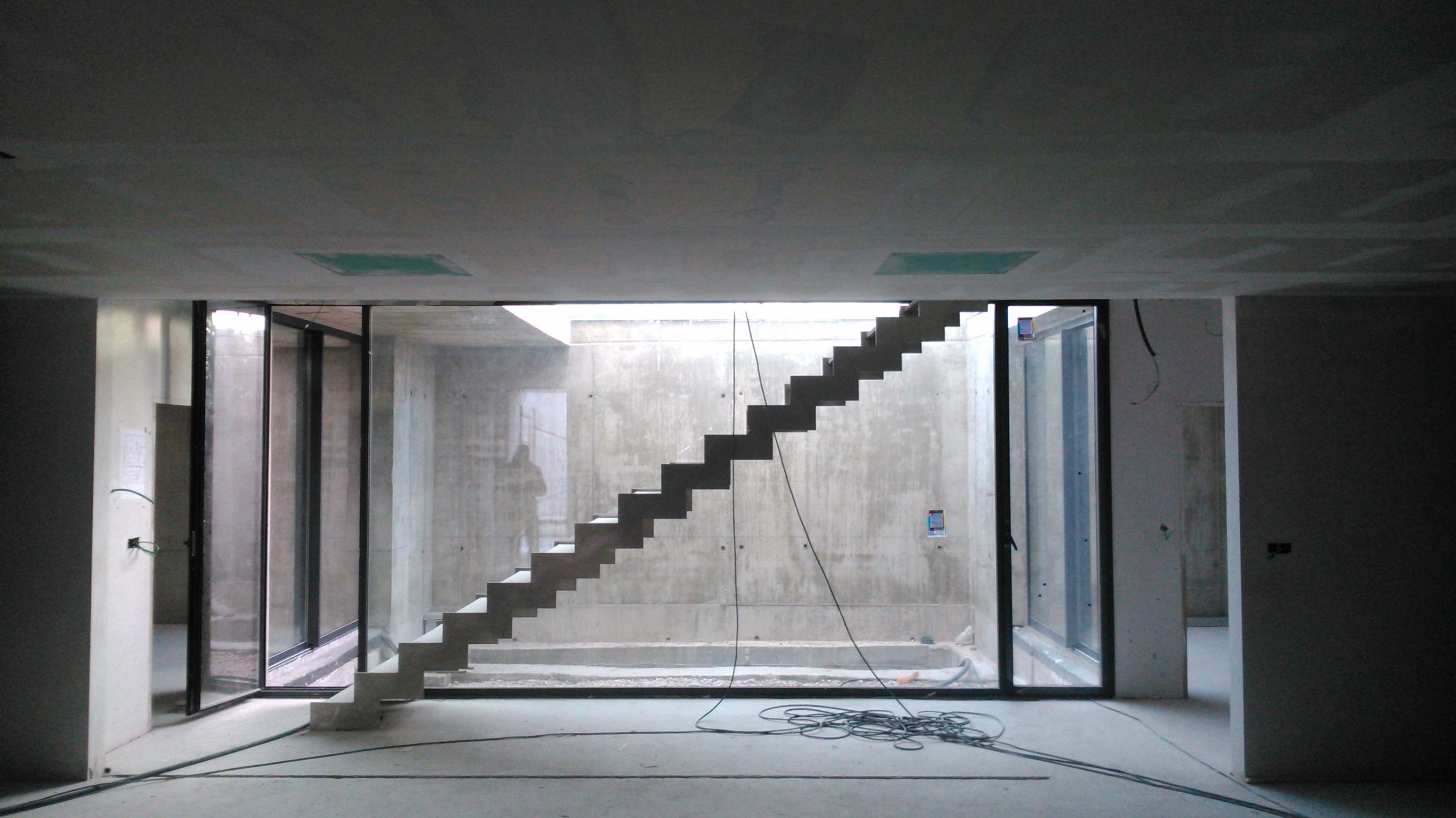 Vivienda aislada lq1 nu o arquitectos arquitectura - Patio ingles ...